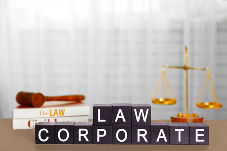 corporate law attorney near me
